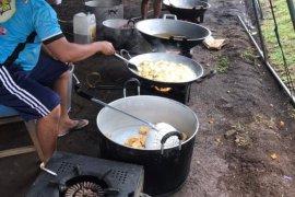 Kodam XIII/Merdeka-Polda Sulut buka dapur umum pascabencana