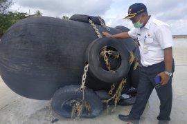 TNI AL: temuan bola hitam di Bintan tidak berbahaya