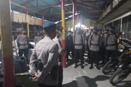 Puluhan anggota Brimob dikerahkan ke Solok Selatan usai penyerangan Polsek Sungai Pagu