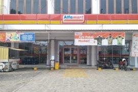 Pemkot Mataram mengevaluasi toko modern buka hingga tengah malam
