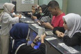 Rupiah ditutup stagnan menjelang libur Idul Fitri