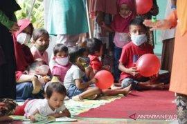 Terapkan budaya 3M sejak dini, 5.000 balita di Tanah Datar diberi masker gratis