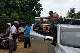 Polres Keerom kerahkan personel bantu penanganan korban banjir
