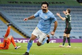 Gelandang Ilkay Gundogan siap pensiun di Manchester City