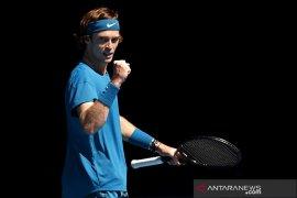 Rublev atasi hambatan pertama pada babak pembuka Rotterdam Open