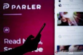 Apple hadirkan kembali platform medsos parler ke App Store