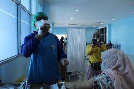 Sebanyak 1,3 juta orang di Indonesia telah divaksinasi COVID-19