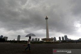 BMKG: Waspadai potensi hujan disertai petir dan angin kencang di Jakarta