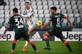 Liga Italia - Dua gol Ronaldo antar Juventus menang 3-0 di kandang Crotone