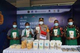 Luar Biasa! Binmas Noken Nemangkawi bina anak Papua ciptakan olahan beras sagu