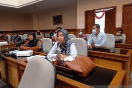 Kulon Progo lakukan moratorium penerbitan SIUP waralaba ToMiRa