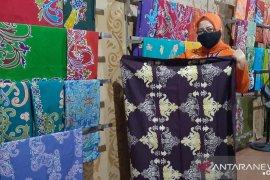 Perajin batik bersyukur, Gubernur anjurkan penggunaaan batik Kaltara