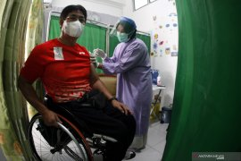 Sebanyak 1,4 juta penduduk Indonesia telah divaksinasi COVID-19