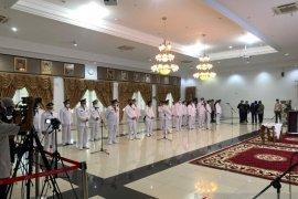 Usai dilantik, Bupati dan Wabup Pasbar minta doa dan dukungan masyarakat menjalankan amanah