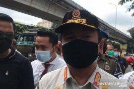 Satpol PP Jakbar denda penyelenggara senam massal di Kembangan