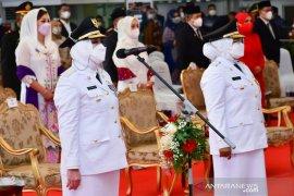 Ratna-Suwarti jadi kepala daerah perempuan pertama  di Sumatera