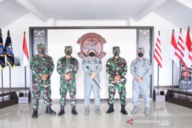 Bakamla Maritim Tengah- Lantamal XIII Tarakan bersinergi