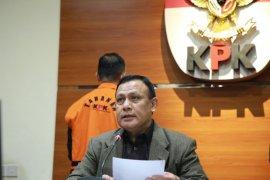 KPK umumkan tersangka  setelah pemeriksaan Gubernur Sulsel
