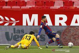 """Gol dan \""""assist\"""" Messi menangkan Barcelona di Sevilla 2-0"""