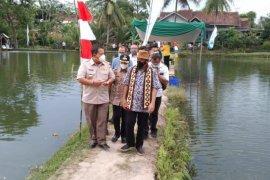Pringsewu merupakan sentra utama perikanan di Lampung