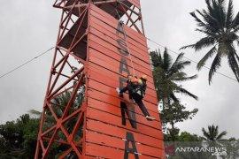 Basarnas Manado menggelar lomba  vertical rescue tingkatkan kompetensi