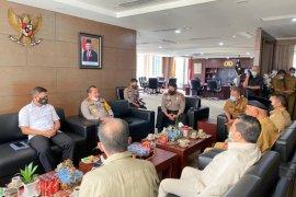 Bertemu Kapolda, Gubernur Mahyeldi bahas empat persoalan