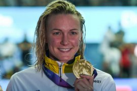 Perenang Sarah Sjostrom si ratu gaya kupu-kupu sudah kembali berenang