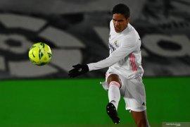 Real Madrid akan lepas Raphael Varane ke Manchester United