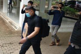 KPK geledah Biro BPJ Kantor Gubernur Sulawesi Selatan
