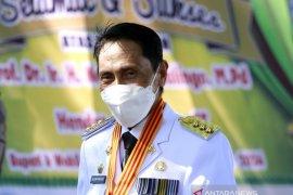 Bupati Gorontalo paparkan perkembangan daerah kepada Gubernur