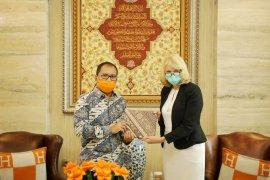 Wali Kota Makassar bahas COVID-19 saat kedatangan Konjen Australia