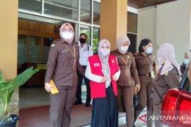 Jaksa tahan tersangka kasus korupsi KJKS kelurahan di Padang