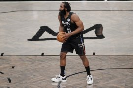 Triple-double James Harden bawa Nets ungguli Timberwolves