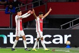 Ajax menang untuk  tantang Vitesse di final Piala KNVB