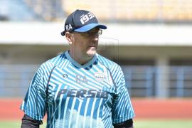 Pelatih Persib Robert Alberts jelaskan alasan Kuipers dan Luiz belum gabung latihan