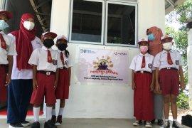 Perum LKBN ANTARA bangun pojok baca di Pulau Lengkang