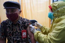 66.141 lansia di Palembang  mulai divaksin