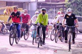 Wali Kota Solo Gibran pastikan kesiapan sekolah gelar PTM