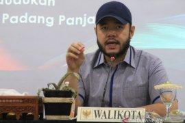 Wako Fadly: Disdukcapil Padang Panjang harus miliki beragam inovasi