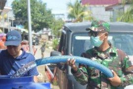 TNI AD bantu air bersih kepada warga korban gempa Sulbar