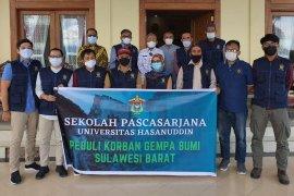 Pascasarjana Unhas dan OJK salurkan bantuan kemanusiaan ke Sulbar