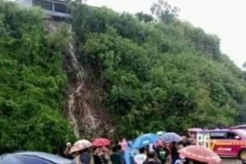 Majene Sulbar terjadi longsor satu tewas