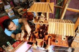 Kerajinan Kincir Angin Bambu