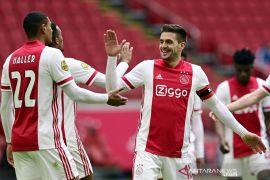 Ajax jaga jarak enam poin dengan PSV. Berikut hasil dan klasemen