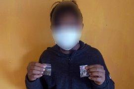 Polisi tangkap pengedar beserta 37 paket ganja di Nabire