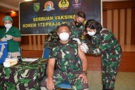 Kodam XVII/Cenderawasih laksanakan vaksinasi COVID-19