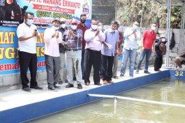 Bupati Lampung Selatan resmikan pemancingan pelangi