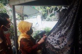 Pemkab Pasaman Barat harapkan kerajinan batik tulis berkembang di masyarakat