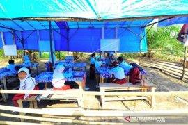 Sekolah Darurat Desa Terpencil Di Sumatera Barat Page 1 Small