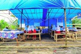Sekolah Darurat Desa Terpencil Di Sumatera Barat Page 2 Small